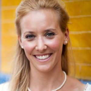 Dr Dorothee Baumann-Pauly